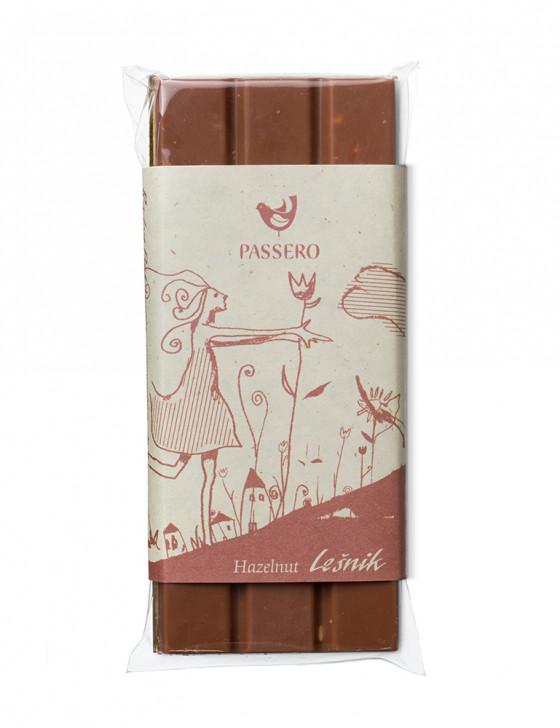 Čokoladica z lešniki / 50g